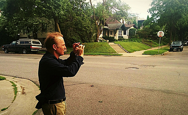 Bob Odenkirk photographing areas of the 36th and Garfield neighborhood