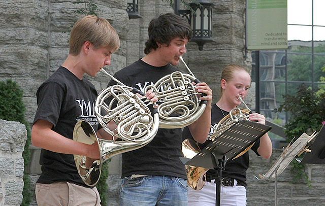Members of Young Musicians of Minnesota