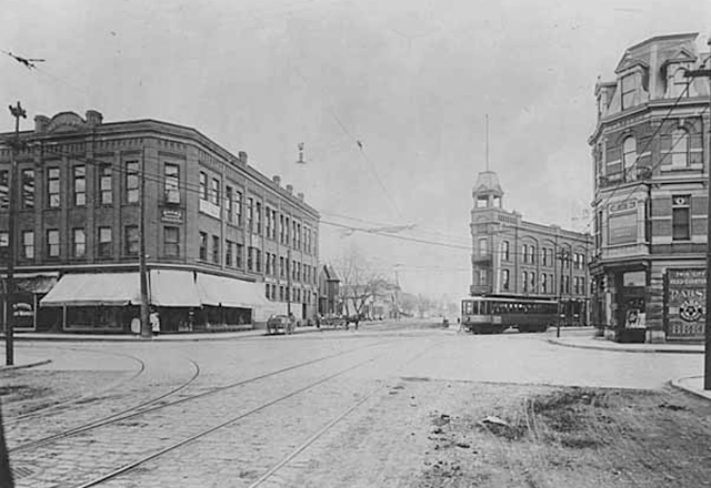 The corner of Rice St. and University Ave., circa 1901.