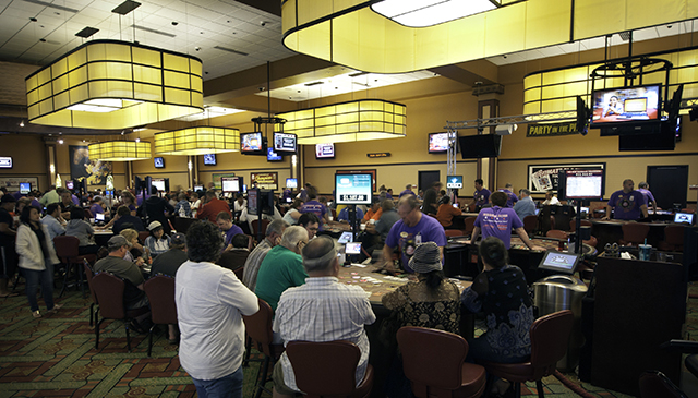 Running Aces card room