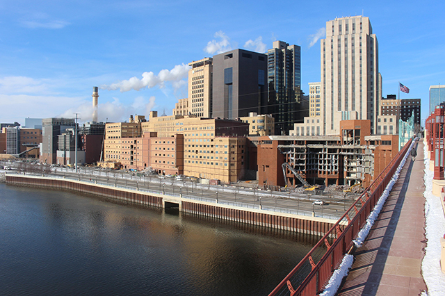 Kellogg Boulevard, overlooking the Mississippi River