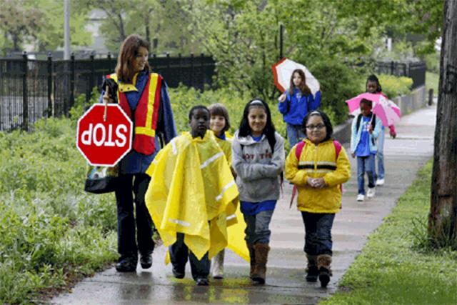Students participating in a Walking School Bus near Lyndale Elementary School.
