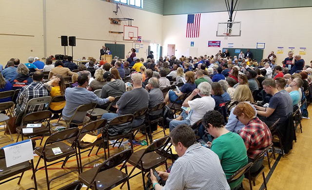 More than 220 delegates in Ward 4 packed the Lucy Craft Laney Center