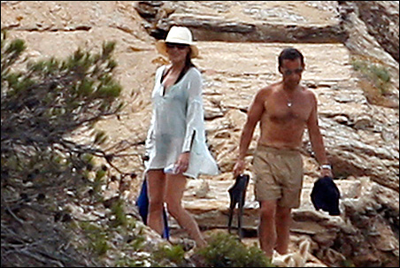 France's President Nicolas Sarkozy, right, and his wife Carla Bruni-Sarkozy