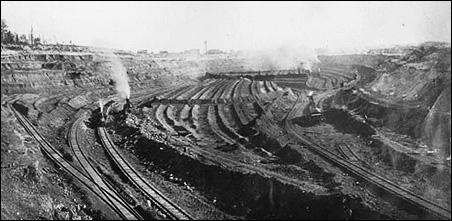 A mine near Biwabik, circa 1900.