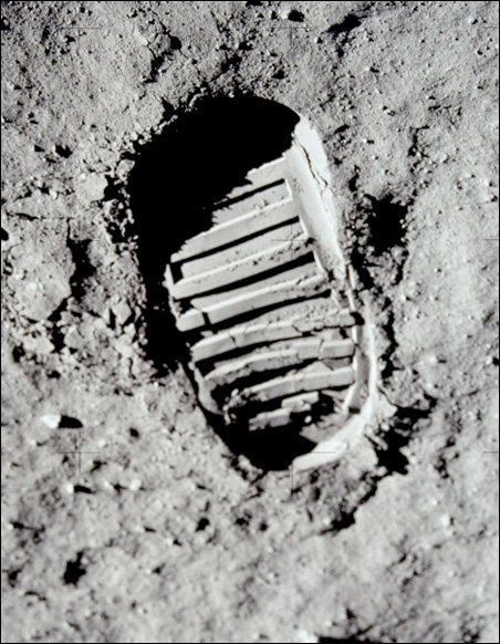 Buzz Aldrin lunar footprint