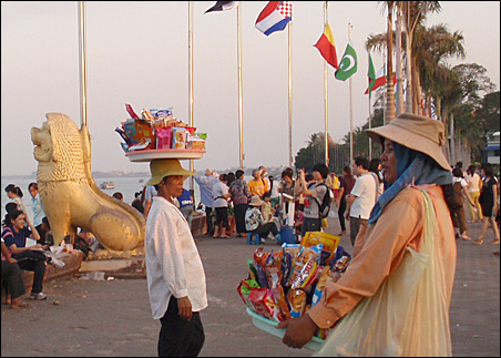 In the evening vendors sell food for riverside picnics in Phnom Penh.