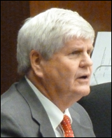 Dick Day, chief lobbyist for RacinoNow, testifying on Thursday.