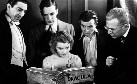 """Minnesotan Edward Van Sloan, on the far right, with the cast of """"Dracula"""""""