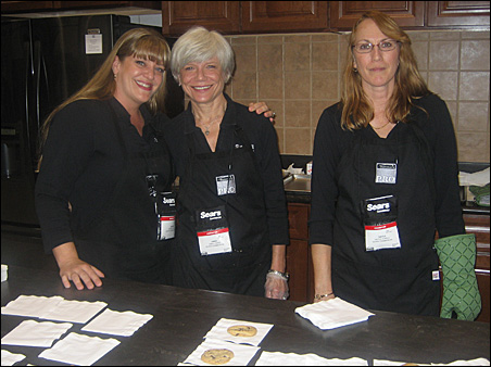 The cookie ladies at the Sears booth baked nearly 5,000 chocolate chip cookies a day.