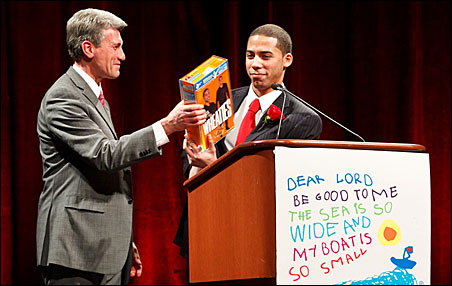 Mayor R.T. Rybak and Alexander Glaze at the Beat the Odds awards event in March.