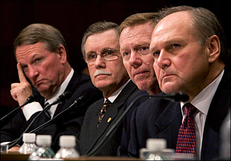 From left, GM Chairman Richard Wagoner, Auto Workers International Union President Ron Gettelfinger, Ford President Alan Mulally and Chrysler Chairman Robert Nardelli before the Senate Banking Committee.