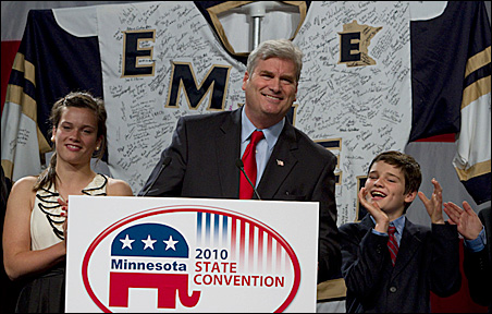 After the first ballot, Emmer had 1,076 votes, to Seifert's 865.