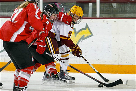 Sophomore Amanda Kessel, whose 20 goals put her one off the national lead, is from Wisconsin.