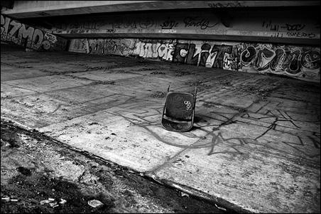 Throne Under a Bridge