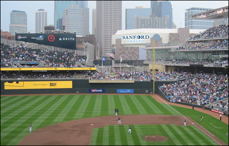 This composite is a representation of what the sign might look like to Twins fans.