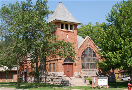 The boyhood Congregational church of Sinclair Lewis, now called First United Church.