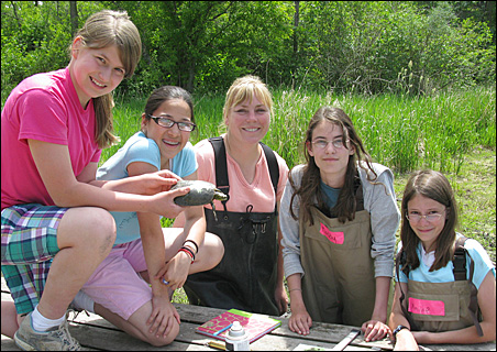 """""""SciGirls"""" featured in the kickoff episode of the new PBS series are members of an after-school club in Eagan."""