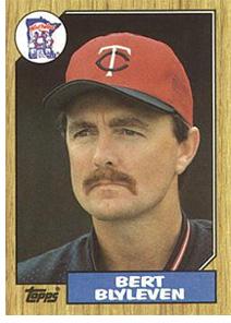 Bert Blyleven Twins card