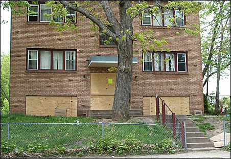 This apartment complex was purchased by Minneapolis in 2008 and eventually demolished.