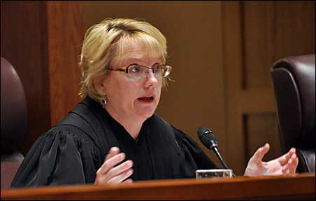 Justice Lorie Skjerven Gildea shown questioning attorney Marc Elias (not pictured) during the Franken-Coleman recount in June 2009.