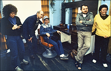 Petrozavodsk, September 1986: A Duluth delegate gets a haircut from a Russian barber. Left to right: Laurie Hertzel, Tom Morgan, Andy Ensign, Mike Jaros and Patty Maguire.
