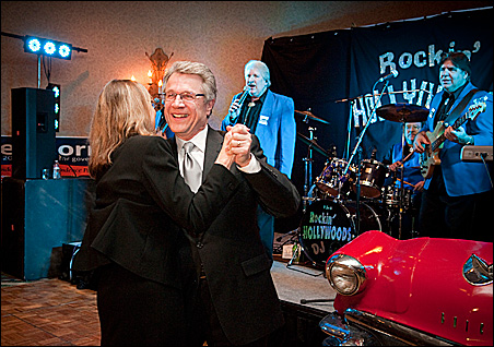 Tom Horner danced with wife Libby at Tuesday night's Independence Party event.