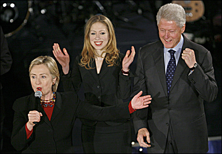 Hillary, Chelsea, and Bill Clinton