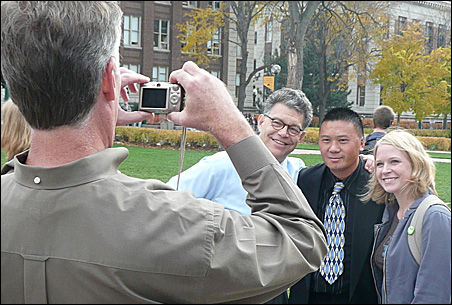 St. Paul Mayor Chris Coleman records an Al Franken encounter with U students.