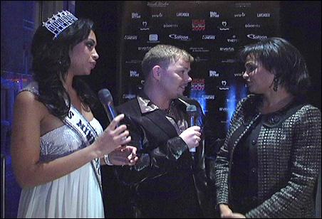 Erica Nego, Miss Minnesota 2008, and Grant Whitaker talk with Roxane Battle at Oscar Night, Minnesota.