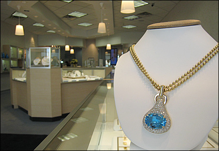 14k-gold blue topaz necklace