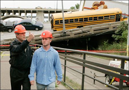 President Bush toured the I-35W bridge collapse site last year with the school bus that carried 52 children from the Waite House field trip in the background.