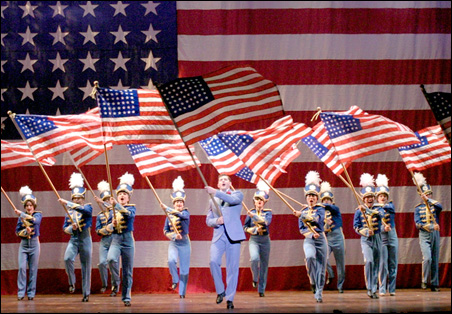 """Sean Martin Hingston as George Cohan leads a rousing rendition of """"You're a Grand Old Flag."""""""