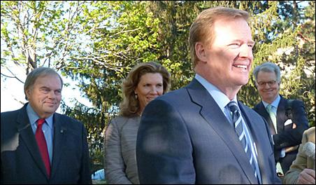 Stadium bill co-sponsors Rep. Morrie Lanning and Sen. Julie Rosen look on as NFL commissioner Roger Goodell meets the press.