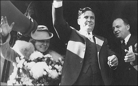 Wendell Willkie, Republican presidential candidate, campaigning with Harold Stassen in 1940.