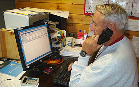Bruce Kerfoot tried to work the computer at Gunflint Lodge.