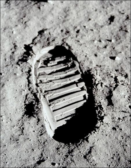 Buzz Aldrin lunar footprint