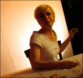 "Sharon Smith on the set of ""Kitchen"""