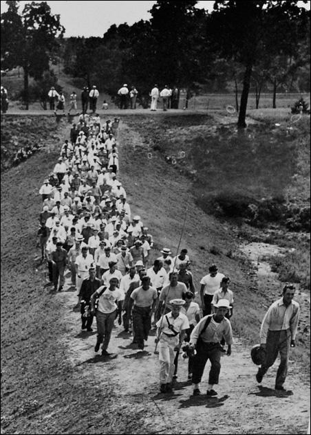 Ben Hogan and fans, 1940.