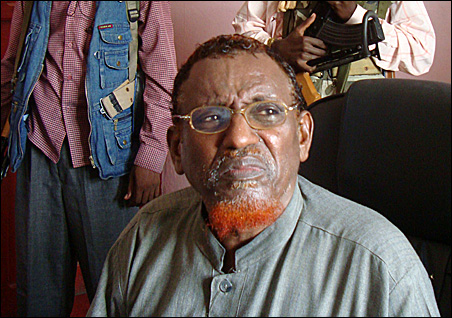 Sheikh Hassan Dahir Aweys, leader of the Hizbul Islam insurgent group, speaks at a news conference in Mogadishu on Tuesday.