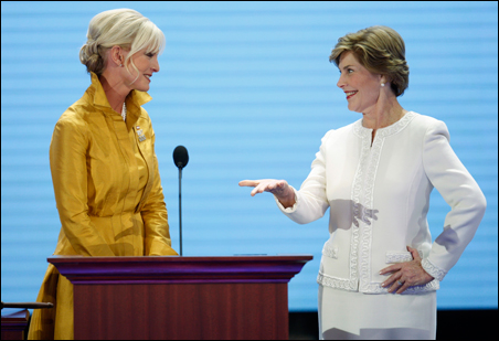 Cindy McCain and Laura Bush