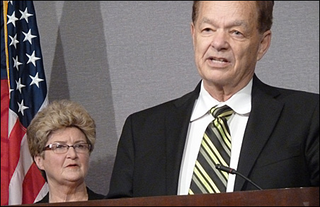 Timberwolves owner Glen Taylor and City Council President Barbara Johnson endorse the MInneapolis plan.