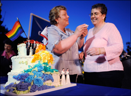 Lorri L. Jean, left, and Gina Calvelli