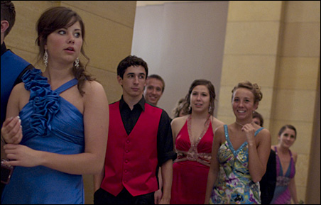 State Capitol prom goers