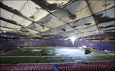 Snow covers Mall of America Field after 17 inches cause tears and eventual collapse of the Teflon roof of the Metrodome.