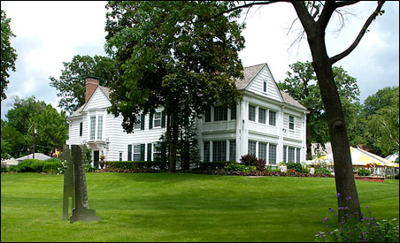 Who wouldn't want to come home to a 10,000-square-foot Colonial Revival?