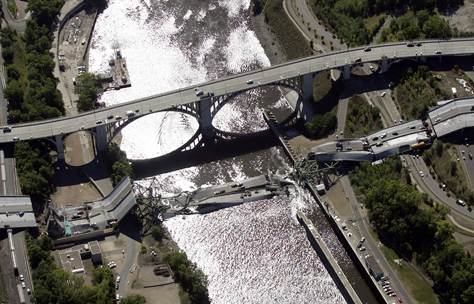 What is the legacy of the 35W bridge collapse on Minnesota