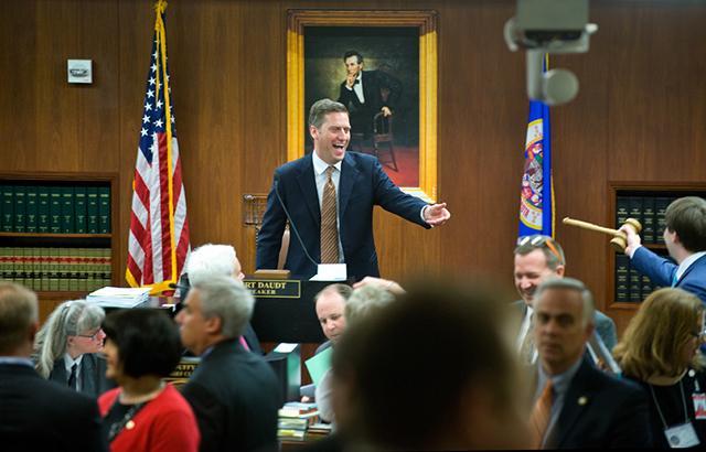 Speaker of the House Kurt Daudt reaching for his gavel