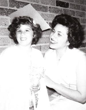 Jody Cohen Press and her mother, Claire Cohen