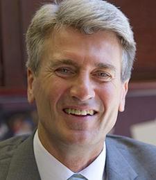 Former Mayor R.T. Rybak